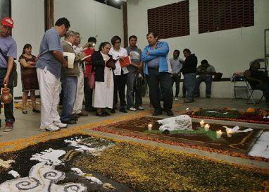 Ejido de Zaachila realiza certamen de tapetes…